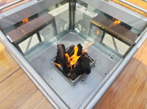 Fire bar-table