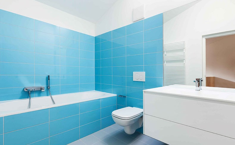 Three Steps To A Refurbished Bathroom Bathroom Bathroom Repairs Bathroom Resurfacing