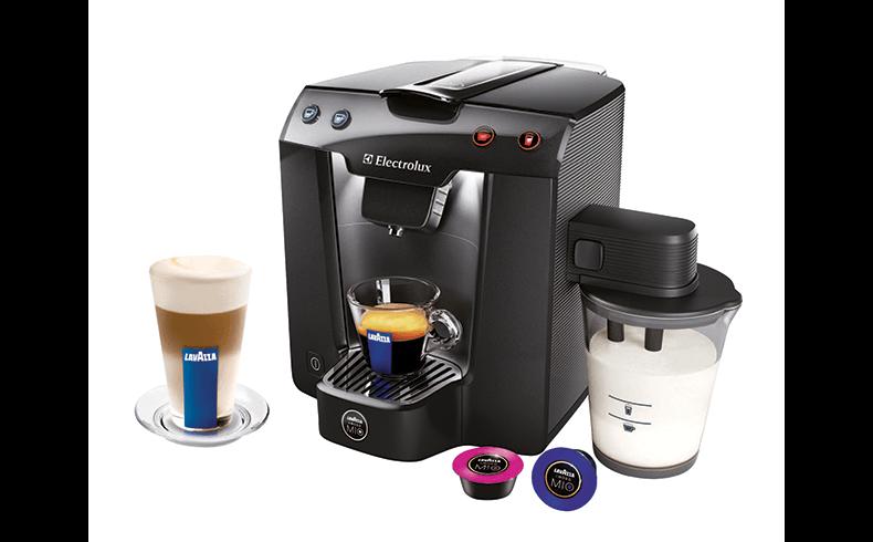 Lavazza a modo mio premium milk coffee machine electrolux - Machine a cafe electrolux ...