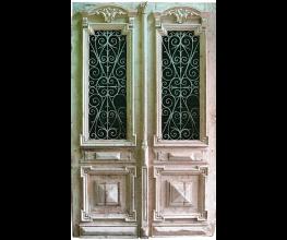 Reproduction unique French doors