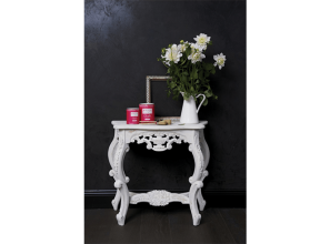 Chalk emulsion for paint effects on furniture