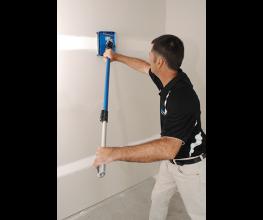 Rotatable long handle that makes plastering easier