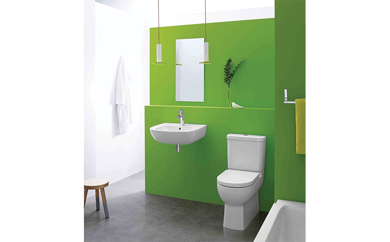 A compact toilet for small bathrooms - Kohler Reach