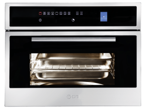 Combination steam oven also offering standard forced-air cooking