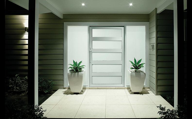 Rapid Installation Aluminium Pivot Entry Door With Modern