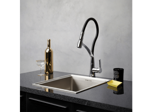 Kitchen mixer-tap with flexible hose and spray-options
