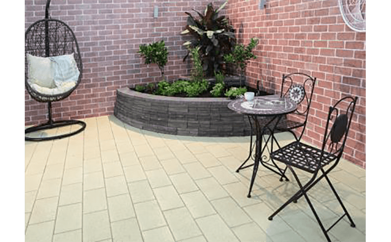 99206_Create-an-inner-city-chic-backyard-FINAL-3