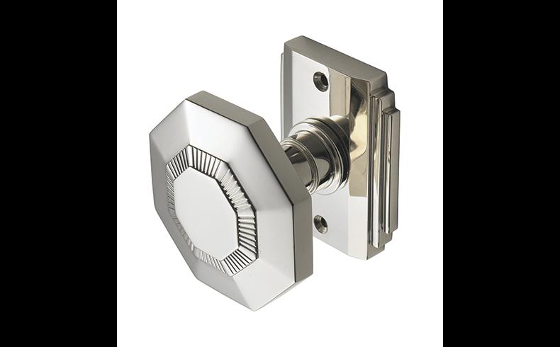 101013_Pittella_PC2780_-Door-handle