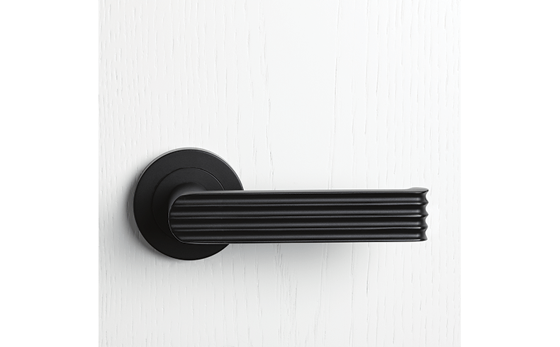 Classic 1930s Door Hardware Available From Pittella