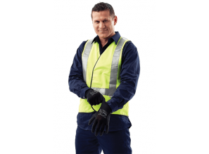 Safety work gloves for handling cold, wet and oily materials