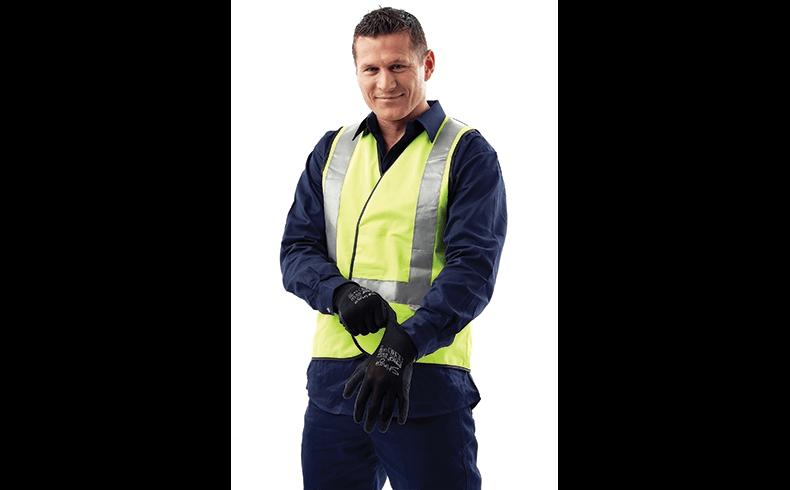 102002_danny-glove