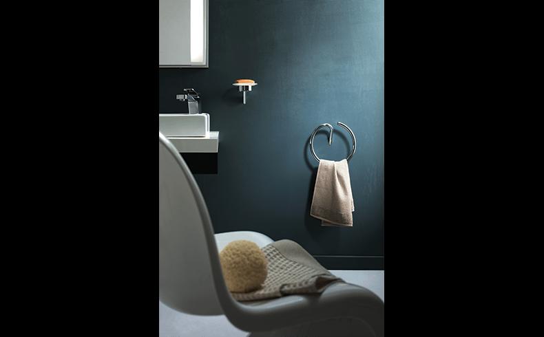 102018_Pittella_Bathroom-Accessories_Ecco-ecco_lifestyle