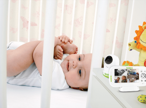 Two-in-one Baby Watch monitor