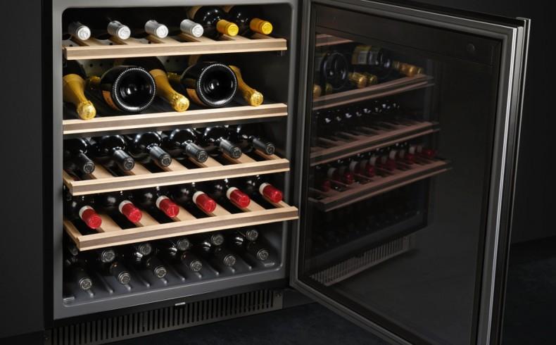 20181102D Smeg Dolce Stil Novo Underbench Wine Cellar CVI638N_9