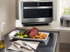 Whirlpool's range of Crisp n Grill microwave ovens