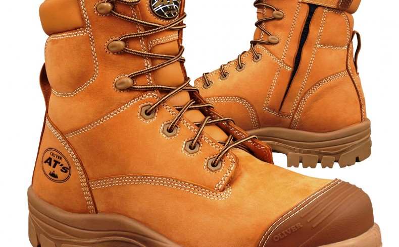 20181207 Olivers Wheat Zip Sided Boot - both boots showing zip - LR
