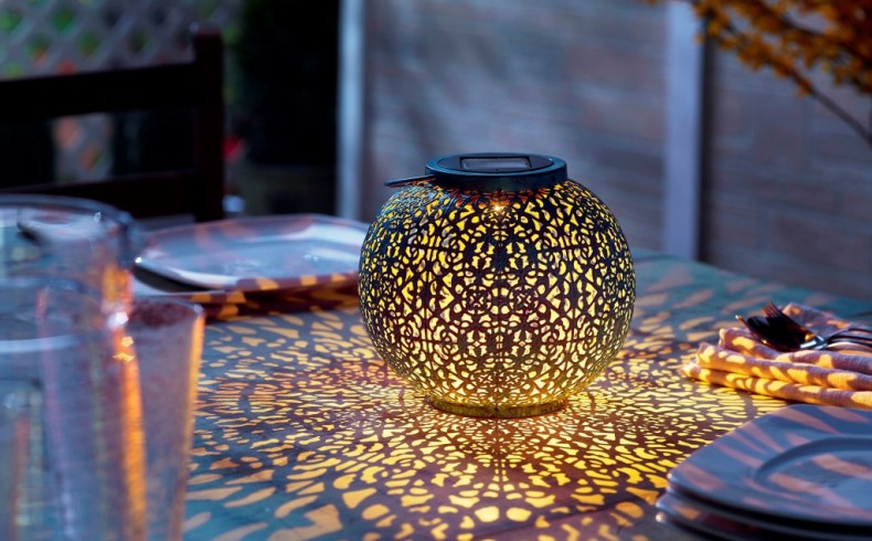 20181205B Riad Solar Lantern