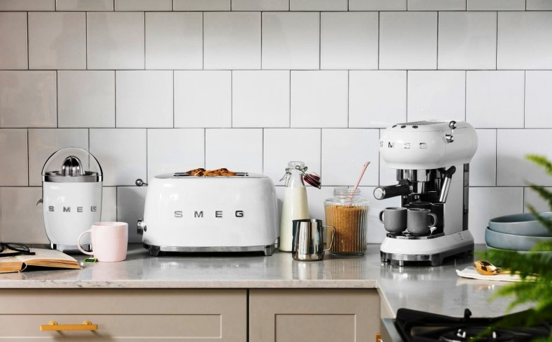 20181225 Smeg white small appliances.jpeg