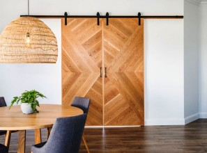 Traditional barn door as an internal door saves on space