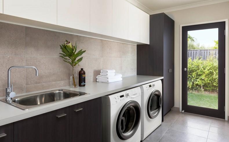 202190247F Henley Design Monterey laundry