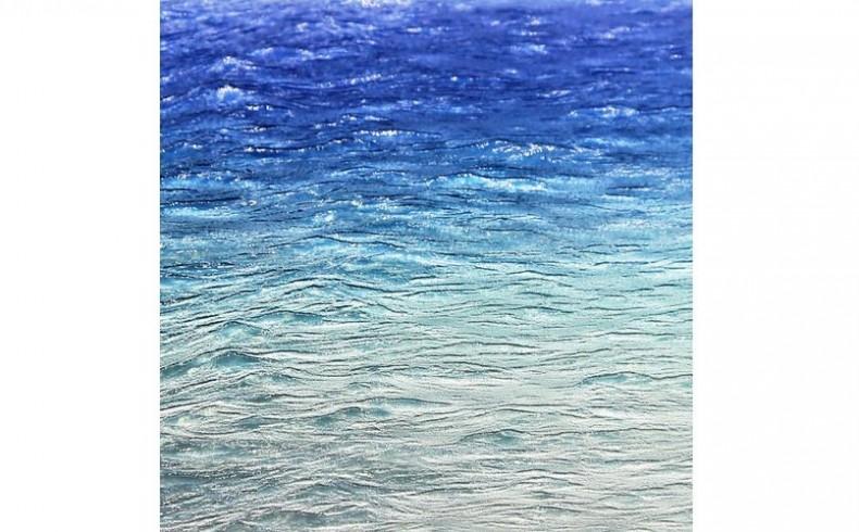 20190328B Axolotl Lustre Spectrum Blue Ombre Water