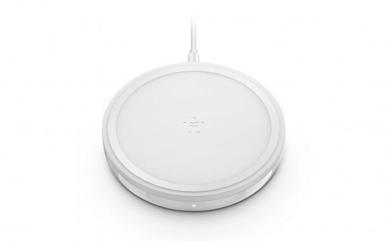 20190348B Belkin charging pad for phones