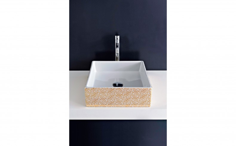 20190353C Paco Jaanson GOLD BLOSSOM basins