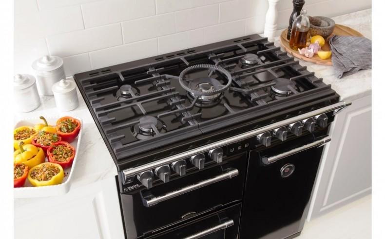 20190355E Richmond range cooker with gas cooktop