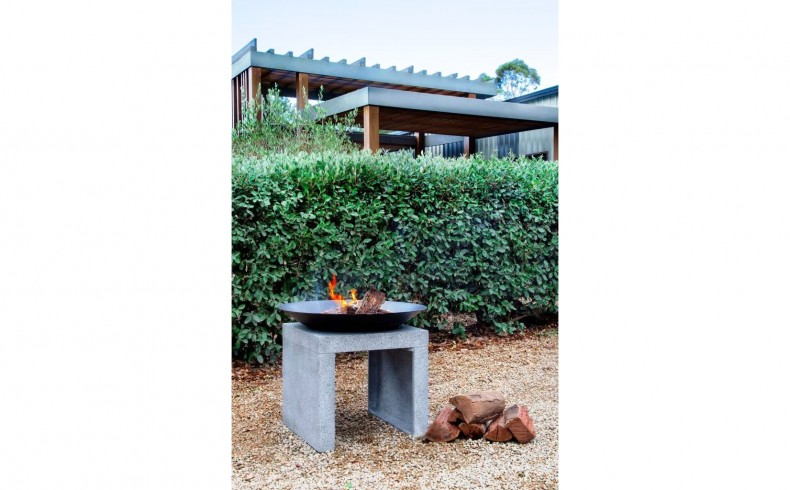 20190405A Northcote Pottery Glow fire pit