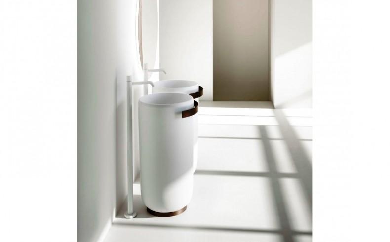 20190523B Falper Homey Freestanding Washbasins with towel rail