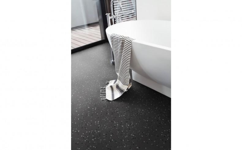 20190710B TEXLINE CONFETTI DARK bathroom